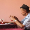 AL - 176 - In Shkoder - The Old Man is hot en hat.jpg